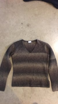 Women's Columbia sweater