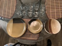 Dinner plates and glass cups! Vista, 92083