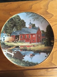 Barn & house decorative plate Falling Waters, 25419