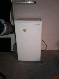white and pink water heater Edmonton, T5L 0S2