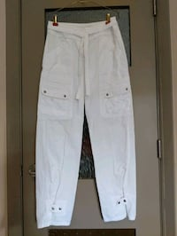 White armored jeans size 3-4 Calgary, T2E 0B4