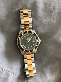 Gold Watch - New in box  Vancouver, V6B