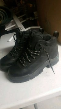 Steel toe womens  Winnipeg, R2M 0L5