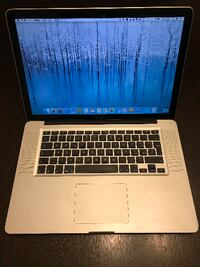 MacBook Pro 15 Intel I7 7264 km