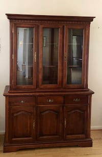 Cherry Wood China Cabinet Alexandria, 22315