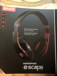 New wireless headphones with microphone  Montréal, H3H