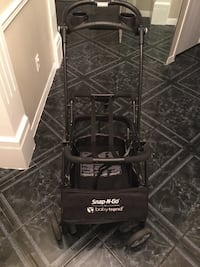 $40 or best offer - Good used condition baby car seat carrier Hamilton