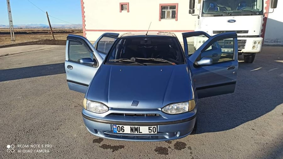 2001 Fiat Palio 1.2 WEEKEND EL RT 9