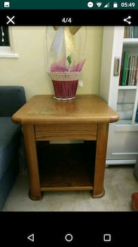 Hard wood side table Seven Corners, 22044