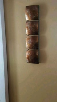 Metal wall decor, gold Middlesex, 08846