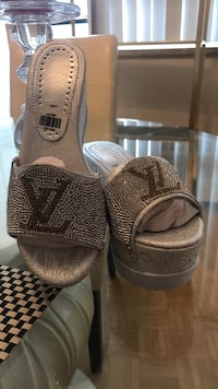 LV inspired sandal size 7  Toronto, M9A 4M6