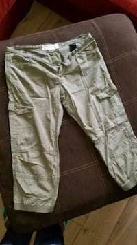 H & M Cargo Cropped Pants Milford Mill, 21244
