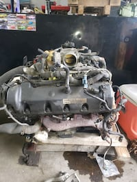 Towncar/crown vic/grand marquis engine  Pasadena, 21122
