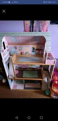 Doll house  Kitchener, N2E 1H4