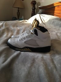 Jordan 5 size 10 LIKE BRAND NEW  Erie, 16509