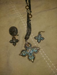 Cross necklace and matching earrings Waco, 76705