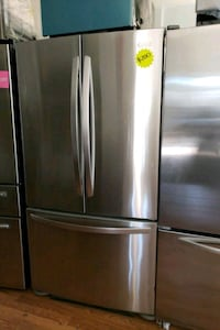 LG STAINLESS STEEL FRENCH DOOR REFRIGERATOR  Long Beach, 90815