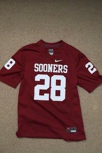 Adrian Peterson Oklahoma Sooners Jersey (Mens Small) (Bought for 100$)
