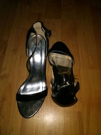 pair of black leather open toe ankle strap heels Waldorf, 20603