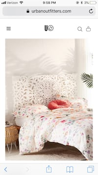 Urban Outfitters Queen Bed Headboard Washington, 20009