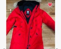 Canada Goose Winter Jacket Red size M Woman's Mississauga, L5L 2M3