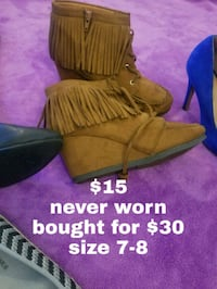 pair of brown suede boots Puyallup, 98372