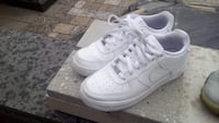 Air Force ones size 7 Brampton, L6X 4S1