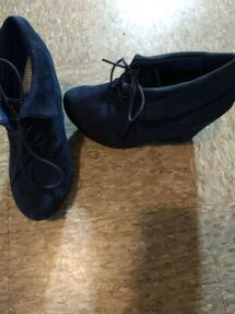 Navy blue suede boot  wedges size 9
