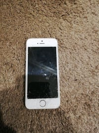 Iphone 5s unlocked, negotiable. Langley City, V2Y 0J2