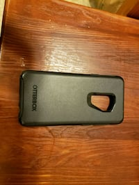black Otter Box s9+  Independence, 97351