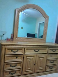 Light wooden dresser with mirror Clearwater, 33765