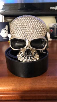 Black leather belt with skull sterling silver-colored