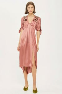 BNWT SATIN BEADED DRESS Toronto, M5B 2H5