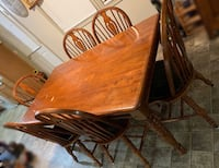 Solid wood table and 6 chairs Bunker Hill, 25413
