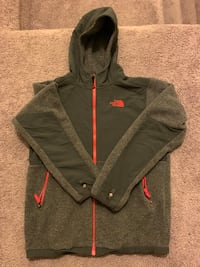 NORTHFACE fleece youth XL  Hyattsville, 20784