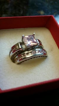 SIZE 5 SET OF RINGS