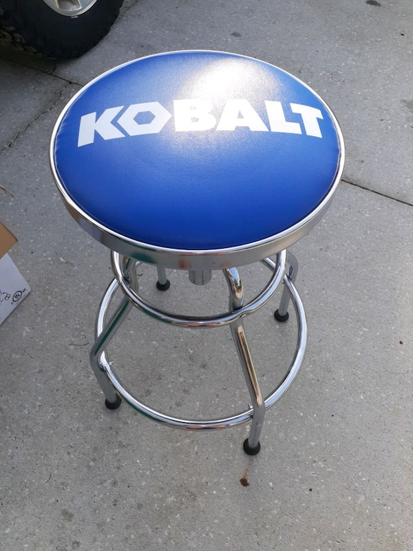 Kobalt Swivel Stool In Spring Hill