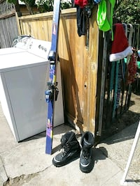 Skis and snow boots 2331 mi