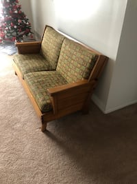 Nice small couch. I want it gone ASAP!! Melvindale