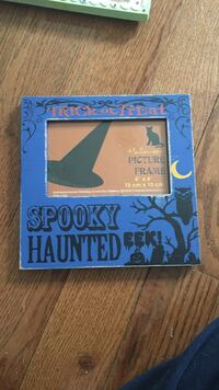 Trick or treat spooky haunted photo frame