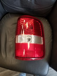 NEW Ford  F-150 Rear lamp 06-08  OEM BOUNDBROOK