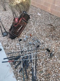 Antique Golf Clubs with Bag 2059 mi