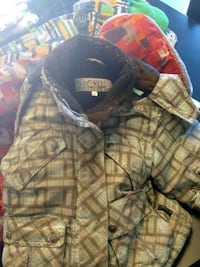 black and brown plaid backpack Châteauguay, J6K 3G8