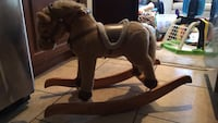 brown and white rocking horse Chantilly, 20151
