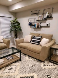 Pair of couches and ottoman $350/OBO Gainesville