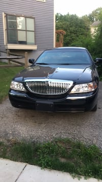 Lincoln - Town Car - 2006 Burtonsville