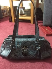 black leather tote bag and wallet Mississauga, L5N 5P8