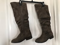 Girls Faux-Suede Slouch Riding Boots, size 4 Germantown, 20876