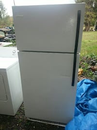 Very nice Frigidaire in great condition  Sweet Home, 97386
