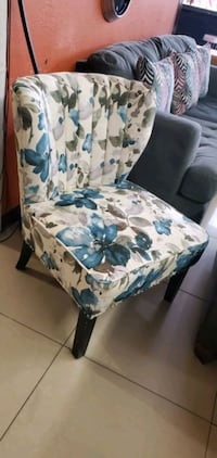 Beautiful  comfortable accent chair